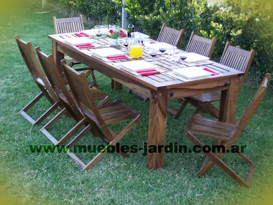 Casa s r l for Muebles para jardin en madera